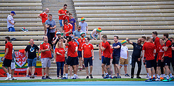 LOS ANGELES, USA - Saturday, May 26, 2018: Wales players meet supporters during a training session at the UCLA Drake Track and Field Stadium ahead of the International friendly match against Mexico. (Pic by David Rawcliffe/Propaganda)