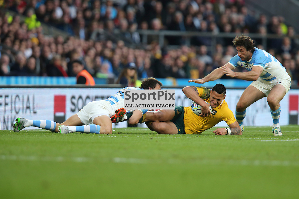 TWICKENHAM, ENGLAND - OCTOBER 25: Israel Folau of Australia tackled by Juan Martin Hernandez of Argentina during the 2015 Rugby World Cup semi-final two match between Argentina and Australia at Twickenham Stadium, London on October 25, 2015 in London, England. (Credit: SAM TODD | SportPix.org.uk)