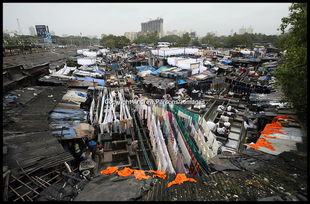 General view of The Dhobi Ghat open air laundry in Mumbai. Dhobi Ghat laundry has about 700 washing platforms where about 200 washer-men families have been washing clothes for decades.  Photo By Andrew Parsons/ i-Images.