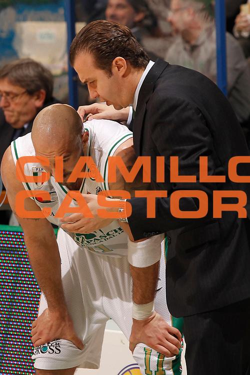 DESCRIZIONE : Siena Lega A 2010-11 Montepaschi Siena Banca Tercas Teramo<br /> GIOCATORE : Simone Pianigiani Milovan Rakovic<br /> SQUADRA : Montepaschi Siena<br /> EVENTO : Campionato Lega A 2010-2011<br /> GARA : Montepaschi Siena Banca Tercas Teramo<br /> DATA : 17/03/2011<br /> CATEGORIA : coach<br /> SPORT : Pallacanestro<br /> AUTORE : Agenzia Ciamillo-Castoria/P.Lazzeroni<br /> Galleria : Lega Basket A 2010-2011<br /> Fotonotizia : Siena Lega A 2010-11 Montepaschi Siena Banca Tercas Teramo<br /> Predefinita :