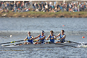 Boston, USA, Master Men's Fours,  Cambridge BC, approaching the John Weeks Bridge during the Head of the Charles, Race Charles River,  Cambridge,  Massachusetts. Saturday  20/10/2007 [Mandatory Credit Peter Spurrier/Intersport Images]..... , Rowing Course; Charles River. Boston. USA