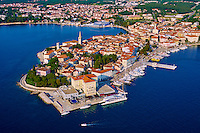 Croatie, Istrie, côte Adriatique, le village de Porec // Croatia, Adriatic coast, Istria, village of Porec