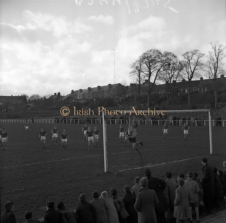 26/02/1961<br /> 02/26/1961<br /> 26 February 1961<br /> Soccer, League of Ireland: St. Patricks Athletic v Cork Hibernians at Richmond Park, Inchicore, Dublin.
