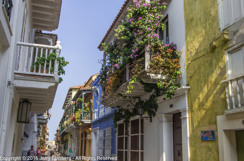 South America, Colombia, Cartagena, <br /> Charming streets in the in historic walled city of Cartagena, Colombia.