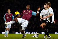 Photo: Ed Godden.<br /> West Ham United v Manchester United. The Barclays Premiership. 17/12/2006. West Ham's Marlon Harewood (L), controls the ball.