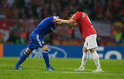MOSCOW, RUSSIA - Wednesday, May 21, 2008: Manchester United's Owen Hargreaves and Chelsea's Frank Lampard during the UEFA Champions League Final at the Luzhniki Stadium. (Photo by David Rawcliffe/Propaganda)