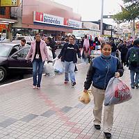 Nuevo Laredo, Tamps.– Más de diez mil pesos en efectivo y <br /> tres toneladas de ropa y alimentos fue lo que lograron recaudar los miembros de la Unión de Periodistas Democráticos (UPD), de Nuevo Laredo, durante la colecta que realizó el pasado fin de semana a beneficio de las familias de bajos recursos. Agencia MVT / Raul S. Llamas. (DIGITAL)<br /> <br /> NO ARCHIVAR - NO ARCHIVE