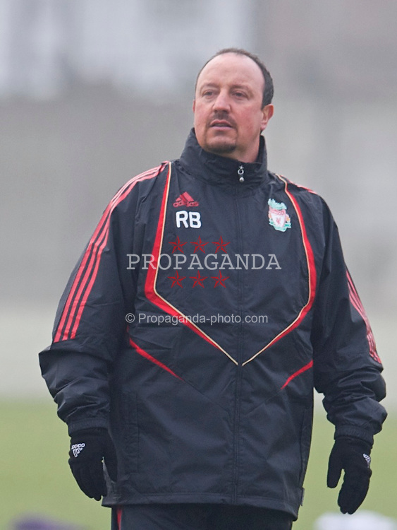 LIVERPOOL, ENGLAND, Wednesday, February 17, 2010: Liverpool's manager Rafael Benitez during training at Melwood Training Ground ahead of the UEFA Europa League Round of 32 match against Unirea Urziceni. (Photo by David Rawcliffe/Propaganda)
