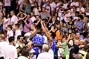 DESCRIZIONE : Campionato 2014/15 Serie A Beko Grissin Bon Reggio Emilia - Dinamo Banco di Sardegna Sassari Finale Playoff Gara7 Scudetto<br /> GIOCATORE : Kenny Kadji Cheikh Mbodj<br /> CATEGORIA : esultanza postgame<br /> SQUADRA : Banco di Sardegna Sassari<br /> EVENTO : Campionato Lega A 2014-2015<br /> GARA : Grissin Bon Reggio Emilia - Dinamo Banco di Sardegna Sassari Finale Playoff Gara7 Scudetto<br /> DATA : 26/06/2015<br /> SPORT : Pallacanestro<br /> AUTORE : Agenzia Ciamillo-Castoria/GiulioCiamillo<br /> GALLERIA : Lega Basket A 2014-2015<br /> FOTONOTIZIA : Grissin Bon Reggio Emilia - Dinamo Banco di Sardegna Sassari Finale Playoff Gara7 Scudetto<br /> PREDEFINITA :