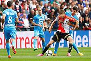 13-09-2015 VOETBAL:FEYENOORD-WILLEM II:ROTTERDAM<br /> <br /> Dries Wuytens  van Willem II  in duel met Michiel Kramer van Feyenoord <br /> <br /> Foto: Geert van Erven
