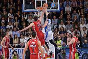 DESCRIZIONE : Beko Legabasket Serie A 2015- 2016 Dinamo Banco di Sardegna Sassari - Olimpia EA7 Emporio Armani Milano<br /> GIOCATORE : Joe Alexander<br /> CATEGORIA : Tiro Penetrazione Sottomano Controcampo<br /> SQUADRA : Dinamo Banco di Sardegna Sassari<br /> EVENTO : Beko Legabasket Serie A 2015-2016<br /> GARA : Dinamo Banco di Sardegna Sassari - Olimpia EA7 Emporio Armani Milano<br /> DATA : 04/05/2016<br /> SPORT : Pallacanestro <br /> AUTORE : Agenzia Ciamillo-Castoria/L.Canu