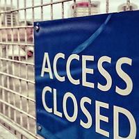 A sign depicting no access