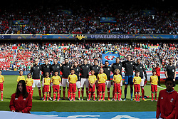 PARIS, FRANCE - Saturday, June 25, 2016: Wales players sing the national anthem before the Round of 16 UEFA Euro 2016 Championship match against Northern Ireland at the Parc des Princes. L-R: Aaron Ramsey, Chris Gunter, Gareth Bale, Joe Ledley, Joe Allen, Ben Davies, James Chester, Neil Taylor, Sam Vokes, goalkeeper Wayne Hennessey, captain Ashley Williams. (Pic by David Rawcliffe/Propaganda)