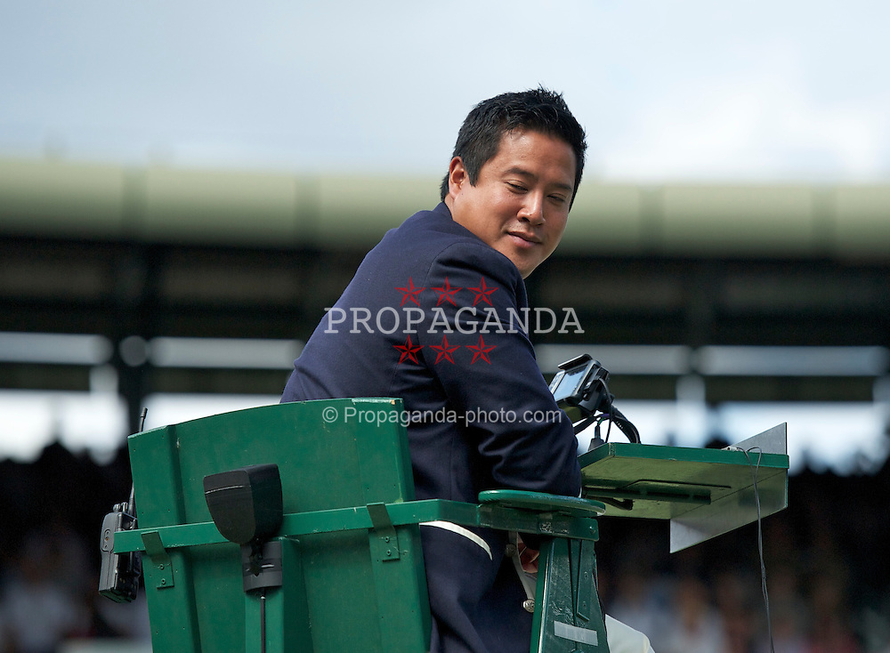 LONDON, ENGLAND - Wednesday, June 29, 2011: Umpire James Keothavong during the Gentlemen's Singles Quarter-Final match on day nine of the Wimbledon Lawn Tennis Championships at the All England Lawn Tennis and Croquet Club. (Pic by David Rawcliffe/Propaganda)
