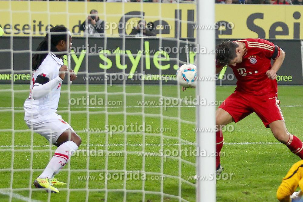 06.11.2011, SGL Arena, Augsburg, GER, 1.FBL, FC Augsburg vs. FC Bayern Muenchen, im Bild  Tor zum 0-1 durch Mario Gomez (Bayern #33) // during the match  FC Augsburg vs. FC Bayern Muenchen , on 2011/11/06, SGL Arena, Augsburg, Germany, EXPA Pictures © 2011, PhotoCredit: EXPA/ nph/  Straubmeier       ****** out of GER / CRO  / BEL ******