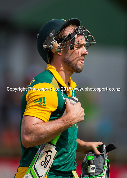 South African captain AB de Villers leaves the field after his dismissal in the ICC Cricket World Cup match - South Africa v Zimbabwe at Seddon Park, Hamilton, New Zealand on Sunday 15 February 2015.  Photo:  Bruce Lim / www.photosport.co.nz