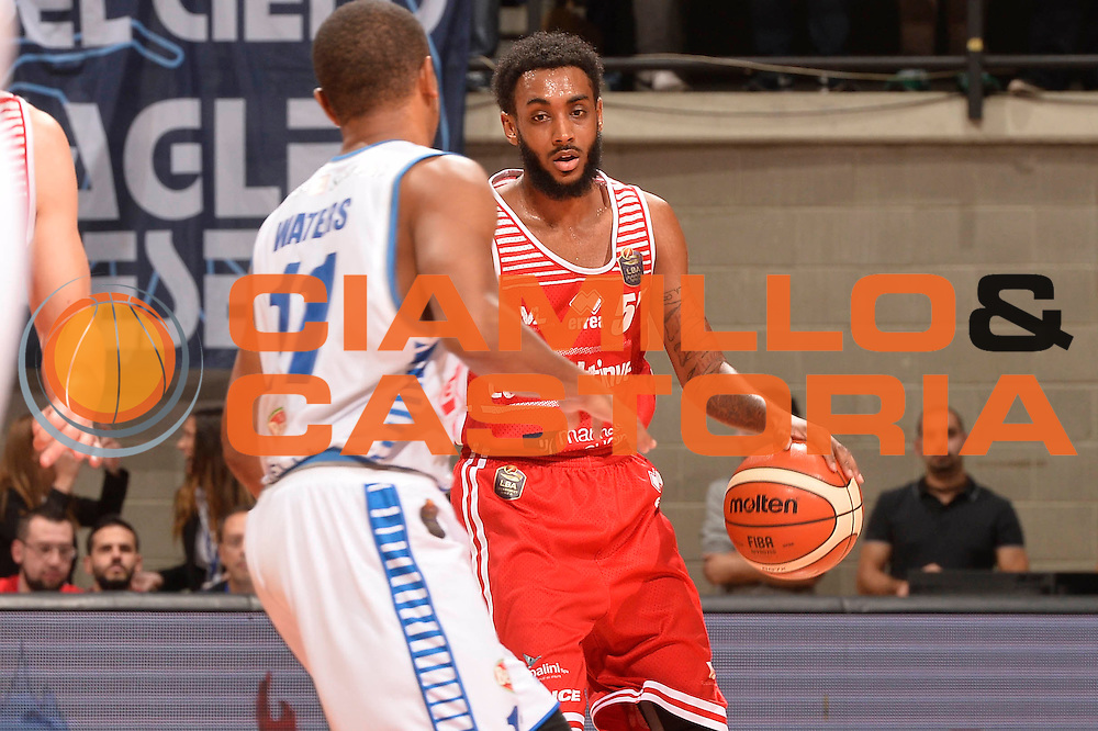 Harrow Ryan<br /> Red October Cantu' - Consultinvest Pesaro<br /> LegaBasket 2016/2017<br /> Desio 13/10/2016<br /> Foto Ciamillo-Castoria