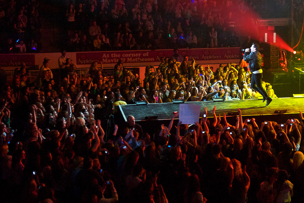 Hedley in Concert at the Hershey Centre