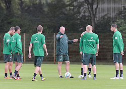 01.07.2011, Trainingsgelaende Werder Bremen, Bremen, GER, 1.FBL, Training Werder Bremen, im Bild Thomas Schaaf (Trainer Werder Bremen) gibt Anweisungen   // during training session from Werder Bremen 2011/07/01    EXPA Pictures © 2011, PhotoCredit: EXPA/ nph/  Frisch       ****** out of GER / CRO  / BEL ******