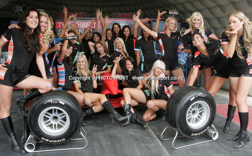 Grid girls photoshoot. A1GP Qualifying Day. Taupo Motorsport Park, Taupo, New Zealand. 18 January 2008. Photo: John Cowpland/PHOTOSPORT