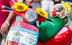 18.06.2017, Stadtplatz, Zell am See, AUT, Vespa Alp Days, im Bild Detailansicht einer Vespa // Detail of a Vespa during the annual Vespa Alp Days at the Marketplace, Zell am See, Austria on 2017/06/18. EXPA Pictures © 2017, PhotoCredit: EXPA/ JFK