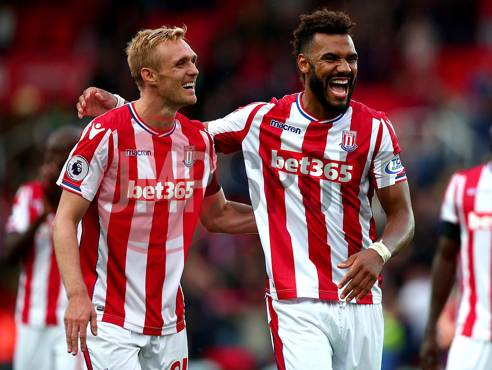 Darren Fletcher of Stoke City and Eric Maxim Choupo Moting of Stoke City celebrate victory over Arsenal - Mandatory by-line: Robbie Stephenson/JMP - 19/08/2017 - FOOTBALL - Bet365 Stadium - Stoke-on-Trent, England - Stoke City v Arsenal - Premier League