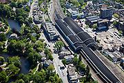Nederland, Noord-Holland, Haarlem, 12-05-2009; Station met Stationsbuurt, links Kennemerplein en Staten Bolwerk.Swart collectie, luchtfoto (toeslag); Swart Collection, aerial photo (additional fee required).foto Siebe Swart / photo Siebe Swart