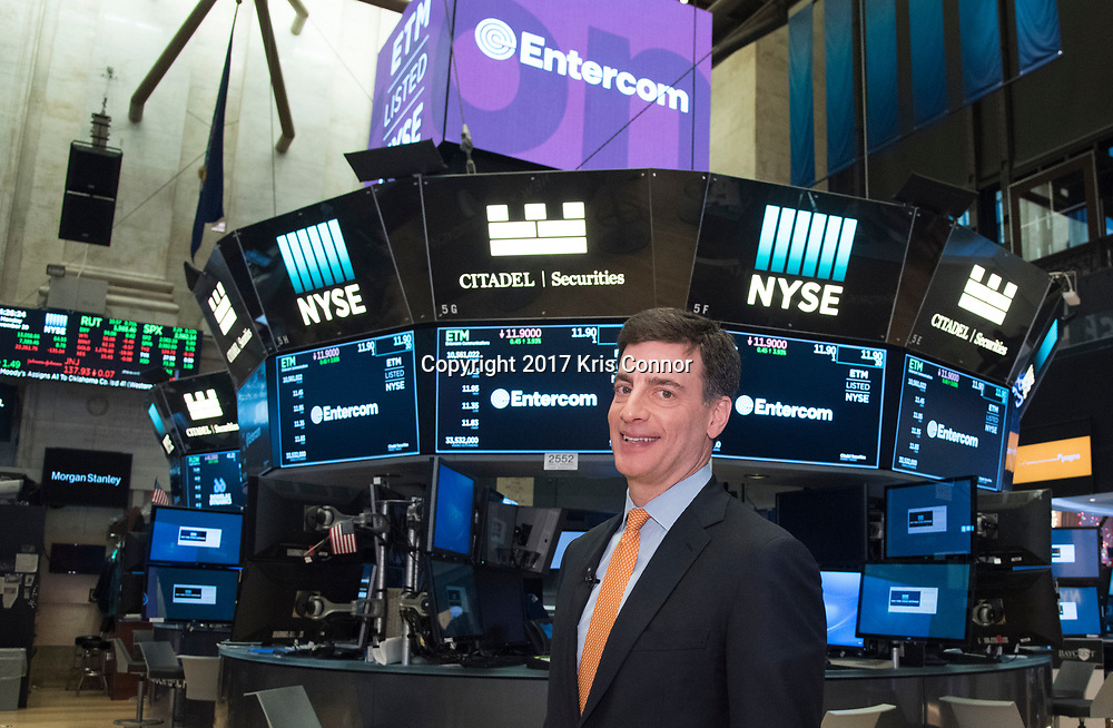 Entercom President & CEO David Field on the floor of the New York Stock Exchange on Monday, November 20. Field was at the NYSE to ring the closing bell in celebration of Entercom's transformational merger with CBS Radio. (Photo by Kris Connor/Entercom)