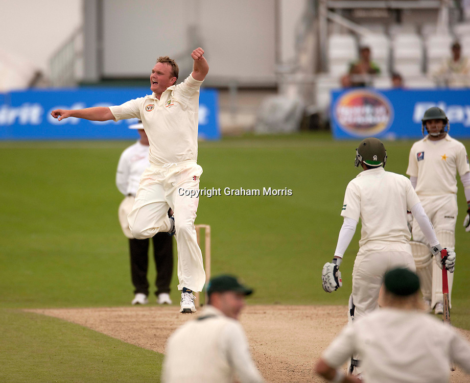 Bowler Doug Bollinger celebrates taking the wicket of Umar Amin during the second MCC Spirit of Cricket Test Match between Pakistan and Australia at Headingley, Leeds.  Photo: Graham Morris (Tel: +44(0)20 8969 4192 Email: sales@cricketpix.com) 23/07/10