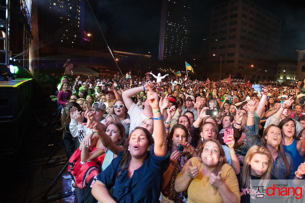 Fans cheer as Luke Bryan performs at Bay Fest on Sunday, Oct. 7, 2012, in Mobile, Ala. (Bay Fest/ Michael Chang)