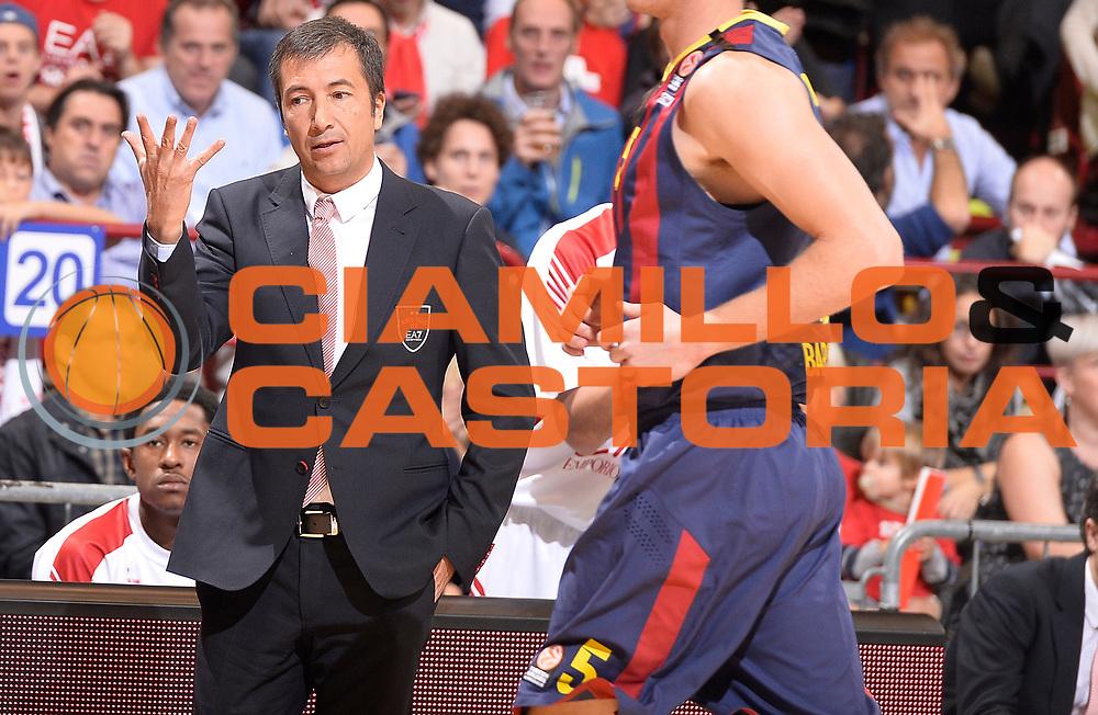 DESCRIZIONE : Milano Eurolega Euroleague 2014-15 EA7 Emporio Armani Milano FC Barcelona<br /> GIOCATORE : Luca Banchi<br /> CATEGORIA : allenatore coach<br /> SQUADRA : EA7 Emporio Armani Milano<br /> EVENTO : Eurolega Euroleague 2014-2015<br /> GARA : EA7 Emporio Armani Milano FC Barcelona<br /> DATA : 23/10/2014<br /> SPORT : Pallacanestro <br /> AUTORE : Agenzia Ciamillo-Castoria/R.Morgano<br /> Galleria : Eurolega Euroleague 2014-2015<br /> Fotonotizia : Milano Eurolega Euroleague 2014-15 EA7 Emporio Armani Milano FC Barcelona<br /> Predefinita :