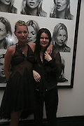 KATE MOSS AND CORINNE DAY,  Face of Fashion private view. National Portrait Gallery. London. 12 February 2007.  -DO NOT ARCHIVE-© Copyright Photograph by Dafydd Jones. 248 Clapham Rd. London SW9 0PZ. Tel 0207 820 0771. www.dafjones.com.