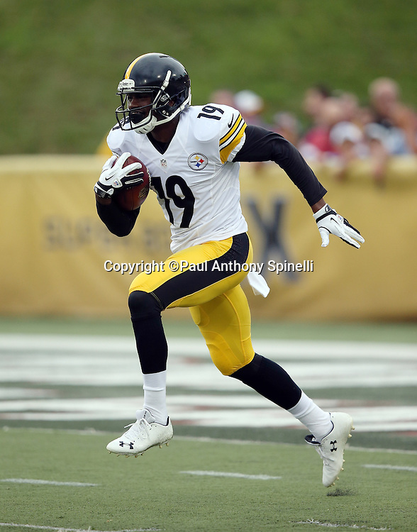 Pittsburgh Steelers wide receiver Shakim Phillips (19) returns a punt before the 2015 NFL Pro Football Hall of Fame preseason football game against the Minnesota Vikings on Sunday, Aug. 9, 2015 in Canton, Ohio. The Vikings won the game 14-3. (©Paul Anthony Spinelli)