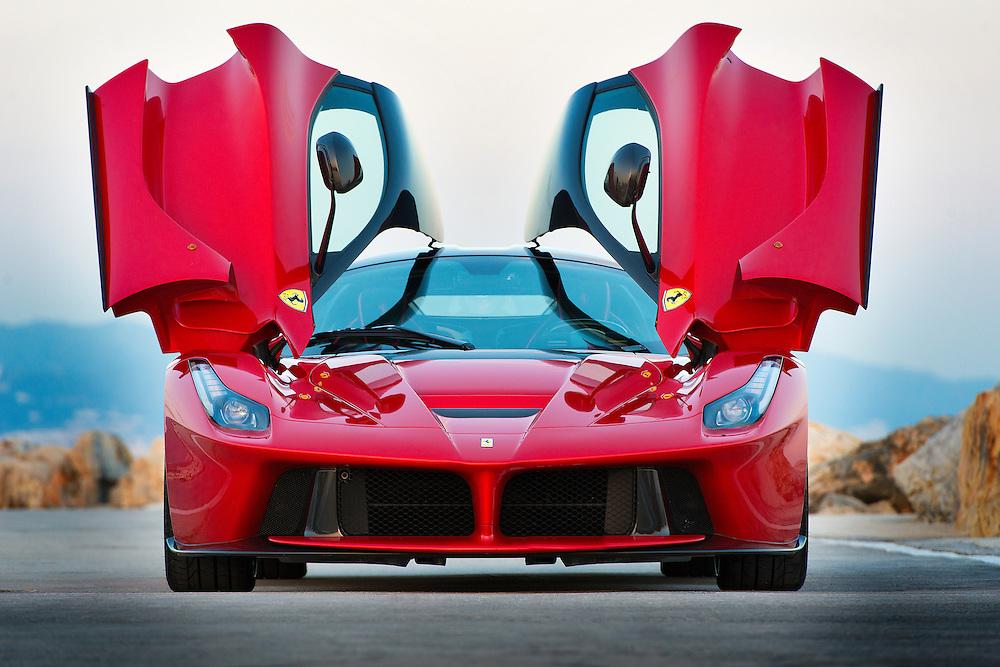 La Ferrari.<br /> Puerto Ban&uacute;s.