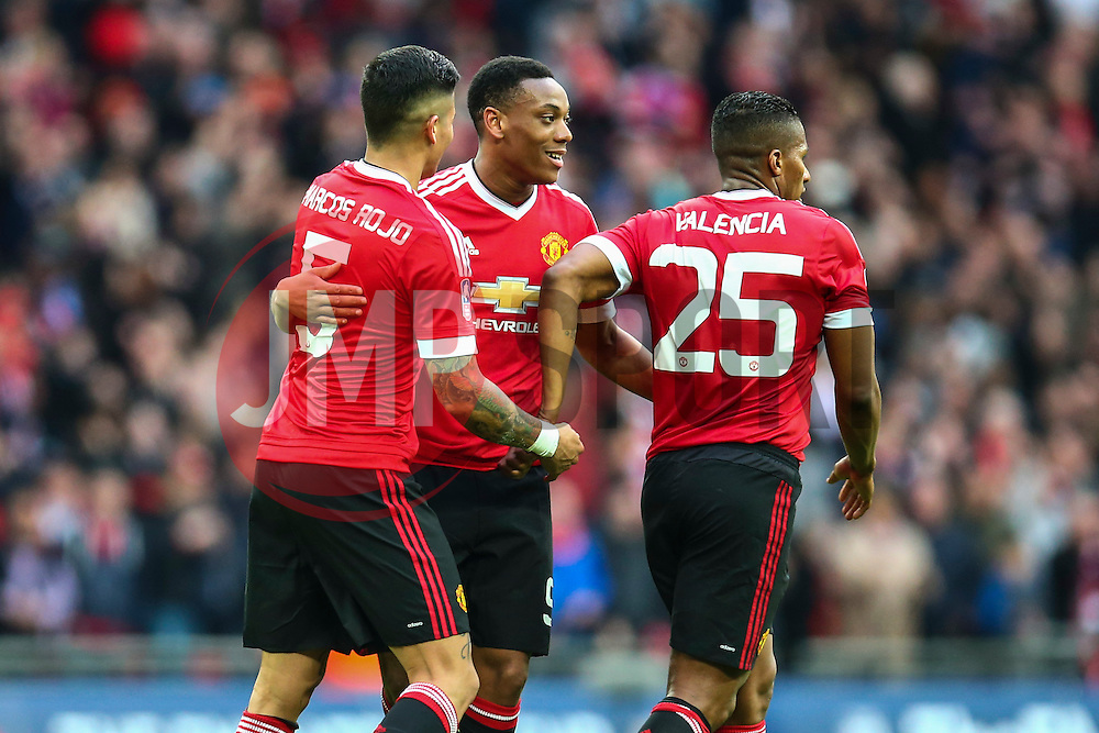 Manchester United players celebrate winning 2-1 against Everton - Mandatory byline: Jason Brown/JMP - 07966386802 - 23/04/2016 - FOOTBALL - Wembley Stadium - London, England - Everton v Manchester United - The Emirates FA Cup