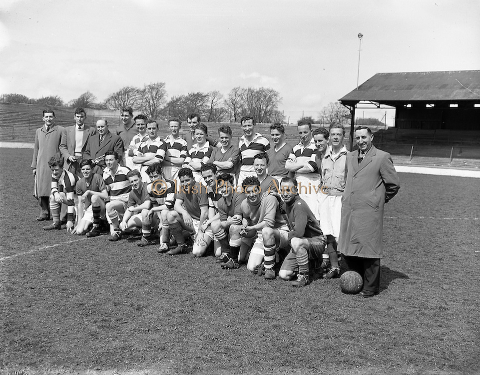 26/04/1958<br /> 04/26/1958<br /> 26 April 1958<br /> Soccer: Irish Shell v Shell Mex and B.P. (Northern Ireland) at Glenmalure Park, Milltown, Dublin.