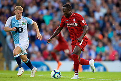 BLACKBURN, ENGLAND - Thursday, July 19, 2018: Liverpool's new signing Naby Keita during a preseason friendly match between Blackburn Rovers FC and Liverpool FC at Ewood Park. (Pic by David Rawcliffe/Propaganda)