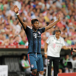 31.07.2013, Allianz Arena, Muenchen, Audi Cup 2013, FC Bayern Muenchen vs Sao Paulo, im Bild, David ALABA (FC Bayern Muenchen) will angespielt werden. quer, querformat, horizontal, aktion, Einzelbild, angeschnitten, angeschnittenes einzelmotiv, halbfigur, halbe Figur, quer, querformat, horizontal // during the Audi Cup 2013 match between FC Bayern Muenchen and Sao Paulon at the Allianz Arena, Munich, Germany on 2013/07/31. EXPA Pictures © 2013, PhotoCredit: EXPA/ Eibner/ Wolfgang Stuetzle<br /> <br /> ***** ATTENTION - OUT OF GER *****