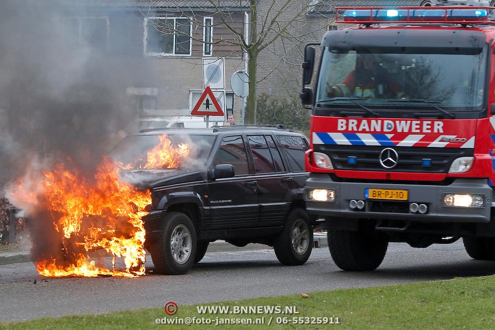 NLD/Huizen/20110201 - Autobrand Bovenmaatweg Huizen