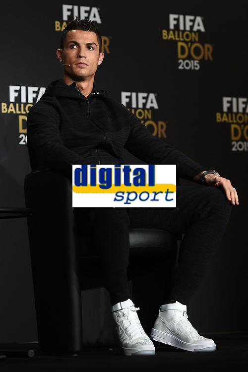 Zurich (Svizzera) 11/01/2016 - Fifa Ballon d'Or 2015 Pallone d'Oro / foto Matteo Gribaudi/Image Sport/Insidefoto<br /> nella foto: Cristiano Ronaldo