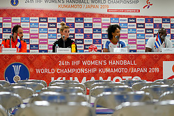 03-12-2019 JAP: Netherlands - Cuba, Kumamoto<br /> Third match 24th IHF Women's Handball World Championship, Netherlands win the third match against Cuba with 51- 23. / Bondscoach Emmanuel Mayonnade of Netherlands, Angela Malestein #26 of Netherlands, Yunisleidy Camejo Rodriguez #11 of Cuba, Coach Jorge Coll Arencibia of Cuba