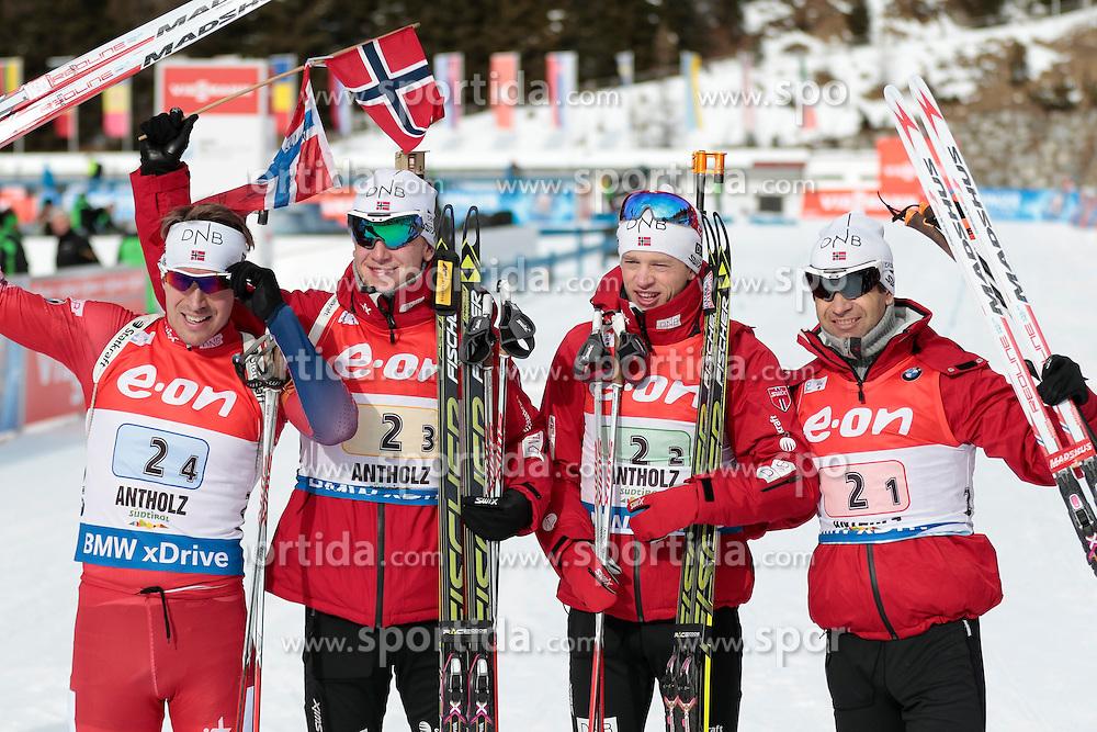 25.01.2015, Suedtirol Arena, Antholz, ITA, IBU Weltcup Biathlon, Antholz, Staffel Herren, im Bild Emil Hegle Svendsen (NOR), Johannes Thingnes Boe (NOR), Tarjei Boe (NOR), Ole Einar Bjoerndalen (NOR) // during the mens Relay of IBU Biathlon World Cup at the Suedtirol Arena in Antholz, Italy on 2015/01/25. EXPA Pictures © 2015, PhotoCredit: EXPA/ Federico Modica