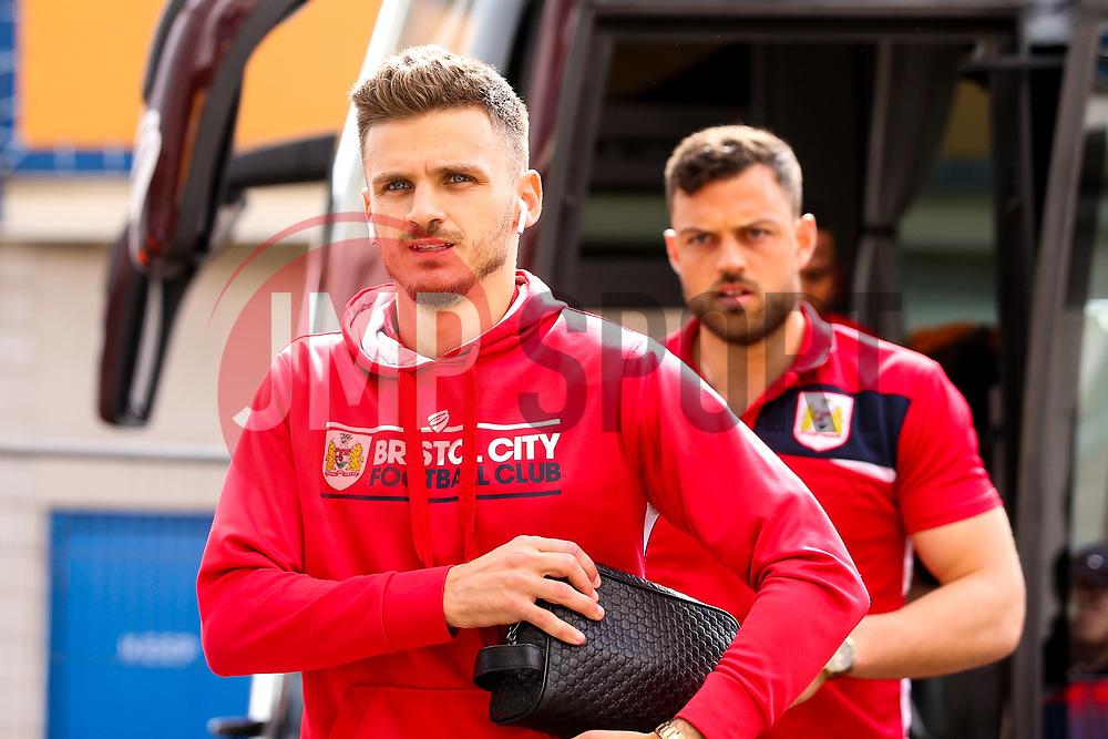 Jamie Paterson of Bristol City arrives at Hull City - Mandatory by-line: Robbie Stephenson/JMP - 05/05/2019 - FOOTBALL - KCOM Stadium - Hull, England - Hull City v Bristol City - Sky Bet Championship