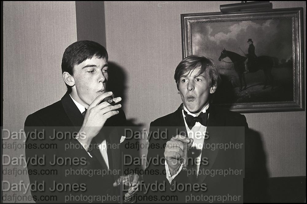 William Nott and Edward Hoare at the Grattan-Bellew/Sebag-Montefiore/Courtauld dance. Boodles. London. 1981. Film 81173f1<br /> © Copyright Photograph by Dafydd Jones<br /> 66 Stockwell Park Rd. London SW9 0DA<br /> Tel 0171 733 0108