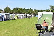 Nederland, Nijmegen, 17-7-7-2017Vierdaagsecamping bij boer Geert Kroes in Persingen in de Ooijpolder.Foto: Flip Franssen