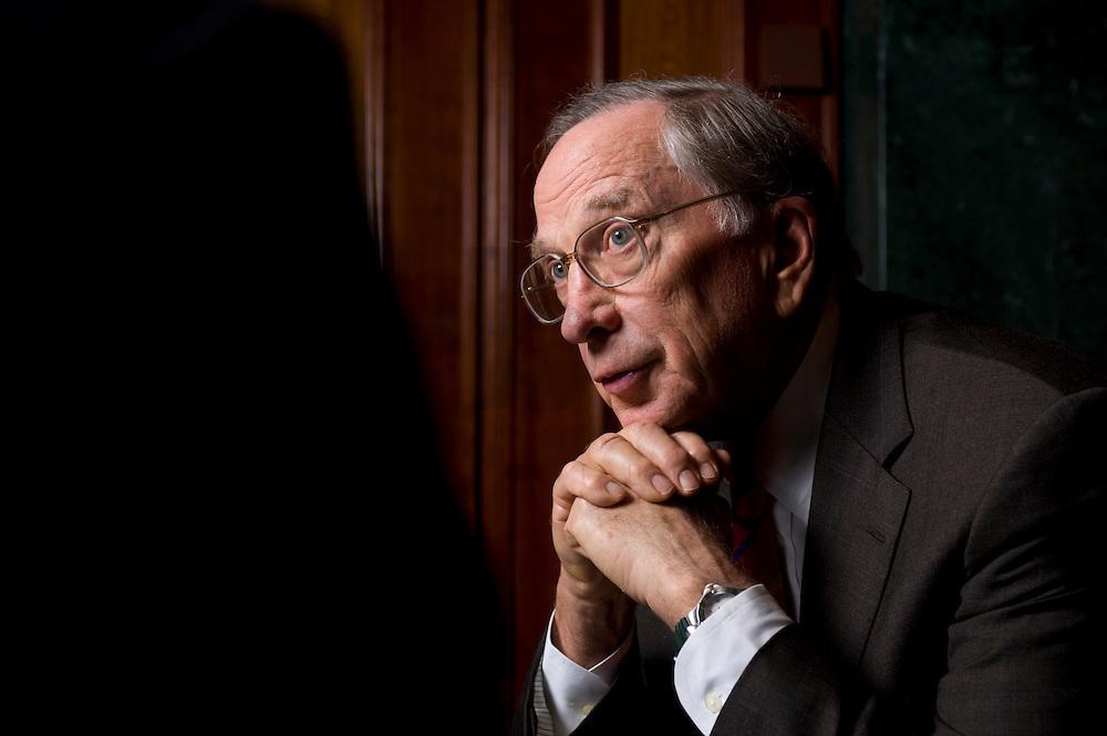 """2008, BERLIN/GERMANY:<br /> Samuel Augustus """"Sam"""" Nunn, US-amerikanischer Geschäftsmann und Politiker der Demokraten, ehem. Senator im US-Senat, waehrend einem Interview, Hotel Adlon<br /> IMAGE: 20080612-01-013"""