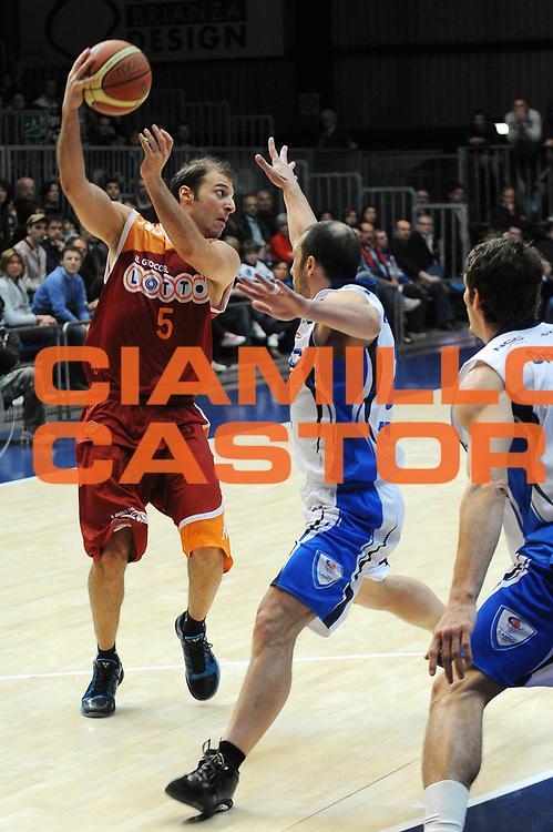 DESCRIZIONE : Cantu Lega A 2009-10 NGC Cantu Lottomatica Roma<br /> GIOCATORE : Jacopo Giachetti<br /> SQUADRA : Lottomatica Roma<br /> EVENTO : Campionato Lega A 2009-2010 <br /> GARA :  NGC Cantu Lottomatica Roma<br /> DATA : 28/03/2010<br /> CATEGORIA : Passaggio<br /> SPORT : Pallacanestro <br /> AUTORE : Agenzia Ciamillo-Castoria/A.Dealberto<br /> Galleria : Lega Basket A 2009-2010 <br /> Fotonotizia : Cantu Campionato Italiano Lega A 2009-2010 NGC Cantu Lottomatica Roma<br /> Predefinita :