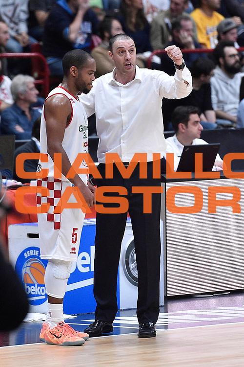 DESCRIZIONE : Milano Lega A 2015-16 EA7 Emporio Armani Milano Giorgio Tesi Group Pistoia<br /> GIOCATORE : Vincenzo Esposito<br /> CATEGORIA : <br /> SQUADRA : Giorgio Tesi Group Pistoia<br /> EVENTO : Campionato Lega A 2015-2016<br /> GARA : EA7 Emporio Armani Milano Giorgio Tesi Group Pistoia<br /> DATA : 01/11/2015<br /> SPORT : Pallacanestro <br /> AUTORE : Agenzia Ciamillo-Castoria/GiulioCiamillo<br /> Galleria : Lega Basket A 2015-2016<br /> Fotonotizia : Milano Lega A 2015-16 EA7 Emporio Armani Milano Giorgio Tesi Group Pistoia