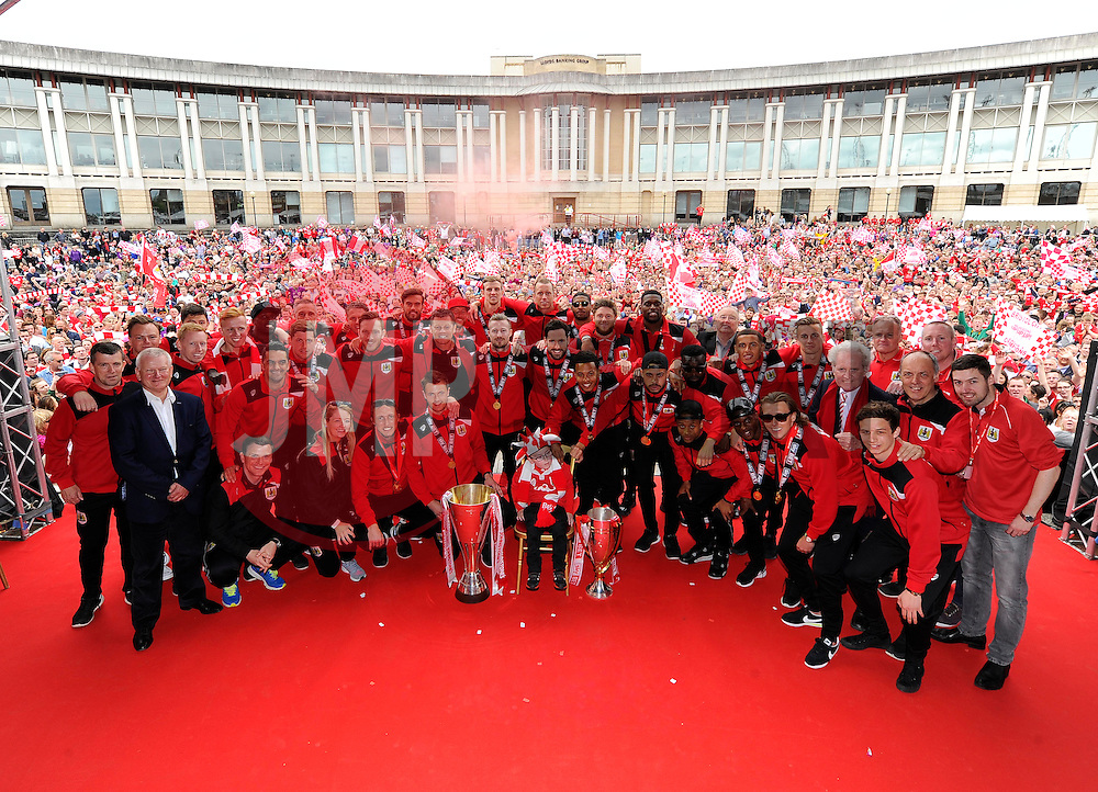 Bristol City players, Staff and directors have their picture taken in front of the thousands of fans gathered at the amphitheatre in Bristol  - Photo mandatory by-line: Joe Meredith/JMP - Mobile: 07966 386802 - 04/05/2015 - SPORT - Football - Bristol -  - Bristol City Celebration Tour