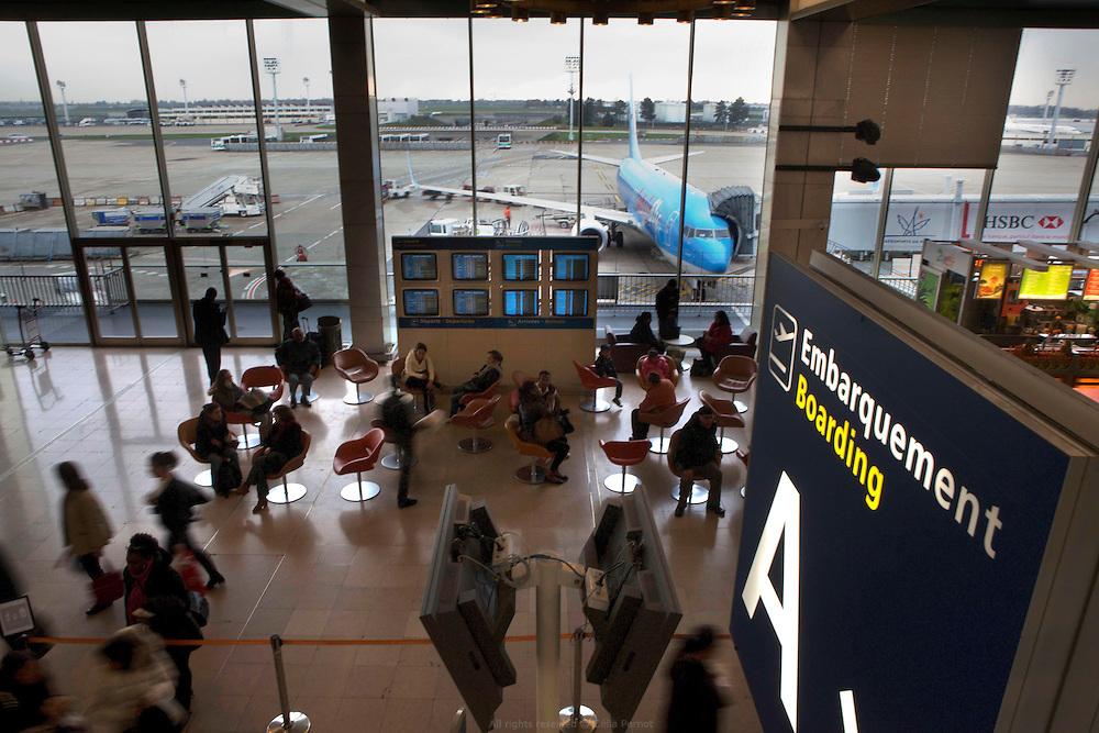 aéroport de paris orly - hall d'embarquement